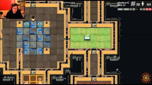 spacebase-df9-screen
